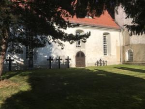 Ponickau, Kirche, Kreuze