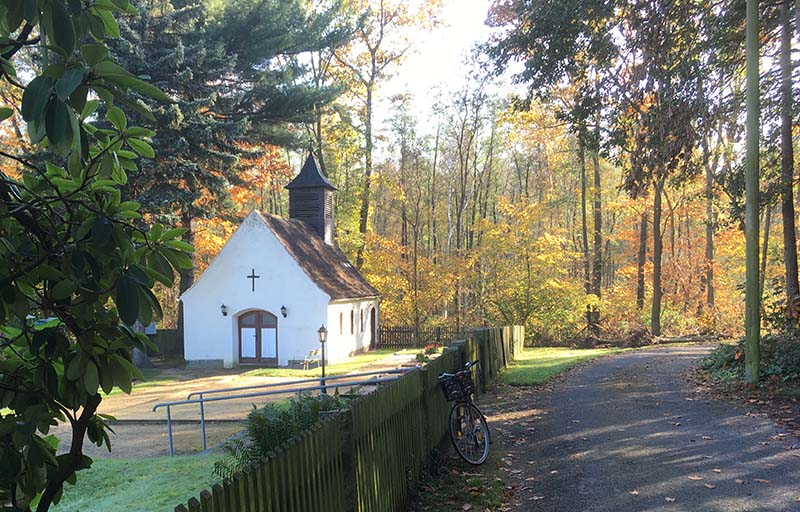 Friedhofskapelle Kraußnitz am Weg zur Finkenmühle