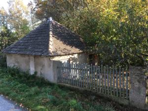Barockes Hühnerhaus am Herrenhaus Kraußnitz