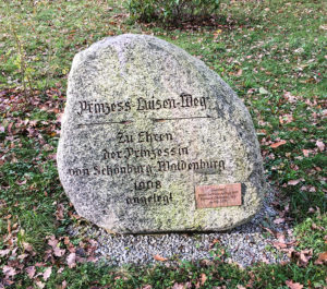 Gedenkstein am Prinzess-Luisen-Weg